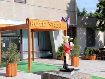 Galéria Hotel Limak Cyprus *****+ pre rodiny: show Milujem Slovensko • rodinné saturoviny a slovenská diskotéka • ranný strečing na móle • penová párty.